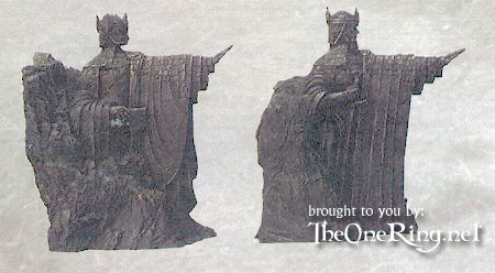 Collector's DVD Gift Set: Bookend Statuettes - 450x248, 30kB