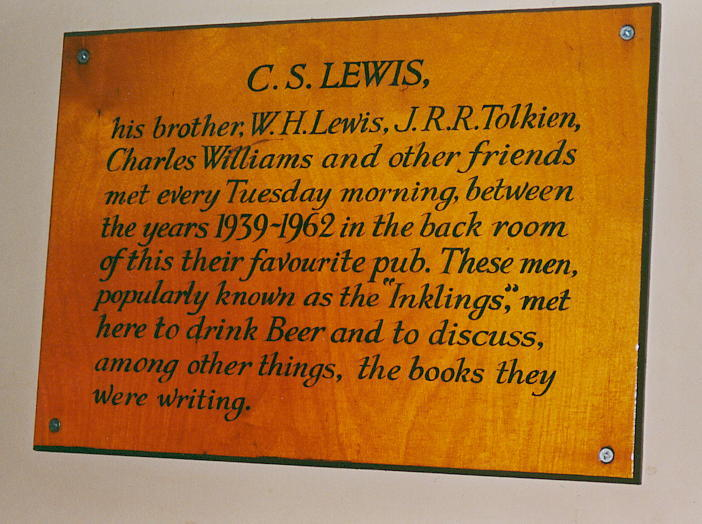 'The Inklings' Plaque In The Eagle And Child Pub - 702x524, 76kB