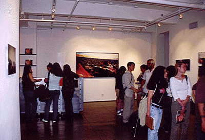 Viggo Mortensen Book Signing, New York - 400x274, 16kB