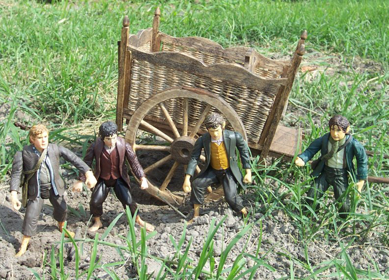 Hobbit Cart Replica from Toy Biz - 792x571, 402kB