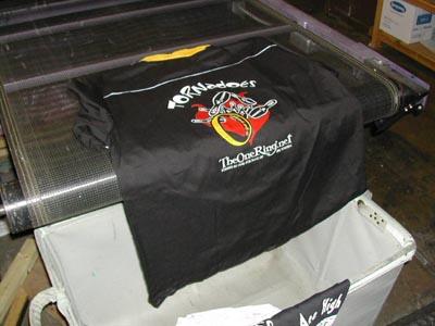 TORN Bowling Shirt Story - 400x300, 30kB