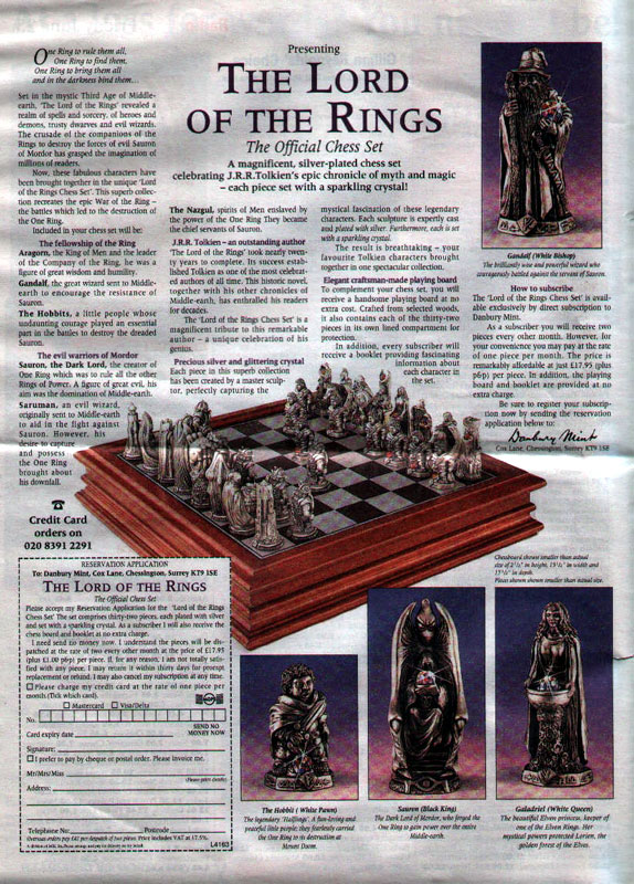 LOTR Chess Set - 574x800, 184kB