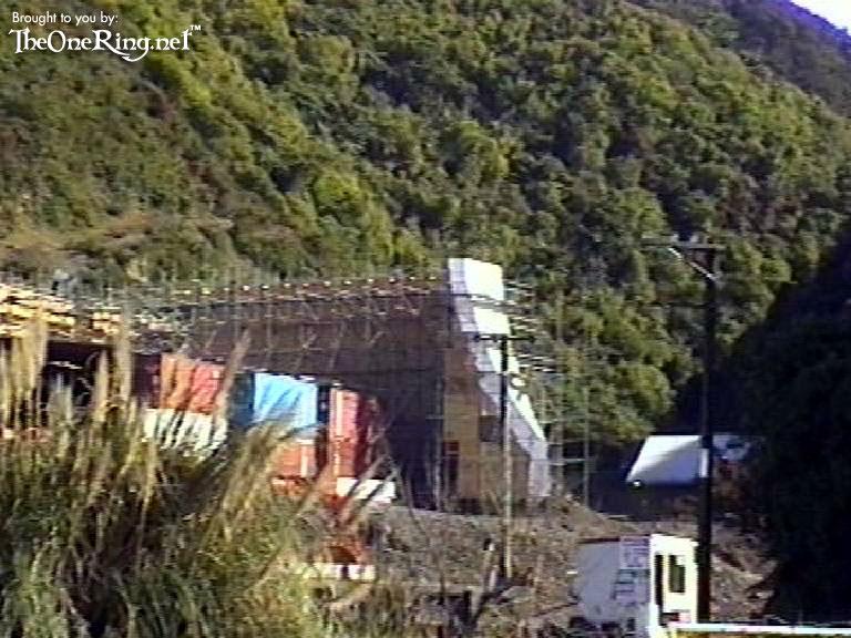 Set Pic: Minas Tirith - 768x576, 104kB