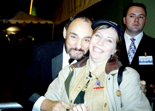 John Rhys-Davies and Kailin - 526x378, 59kB