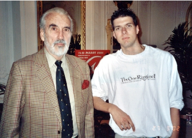 Christopher Lee and leo - 385x276, 116kB