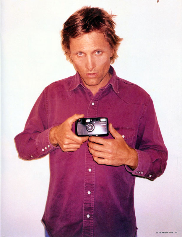 Viggo in i-D Magazine - 616x800, 80kB
