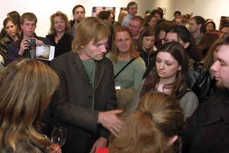 Viggo Mortensen at the opening of his SLU exhibit - 450x301, 36kB