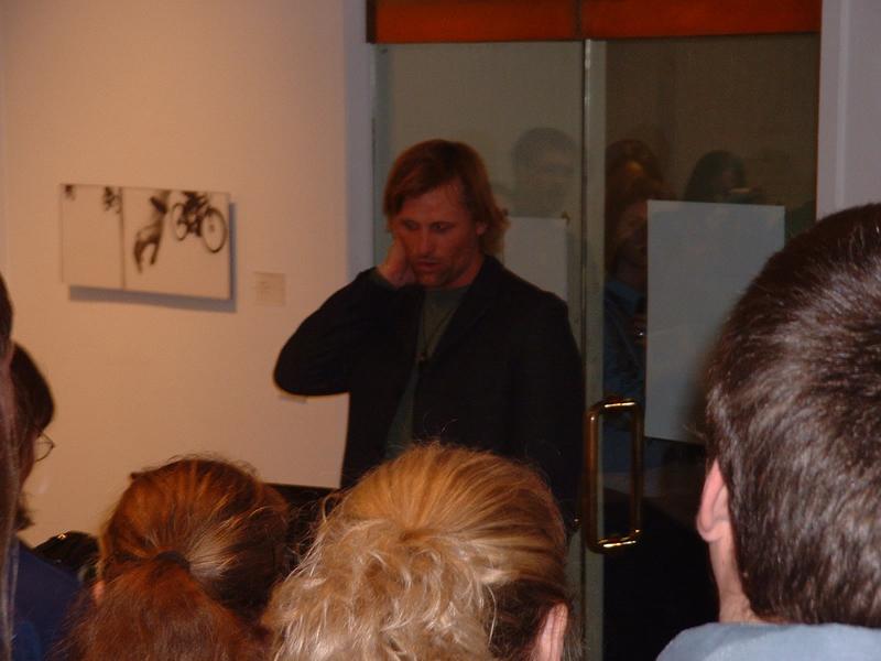 Viggo Mortensen Speaks at SLU - 800x600, 378kB