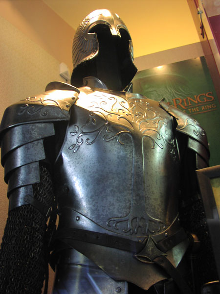 Gondorian Armour - Front - 450x600, 58kB
