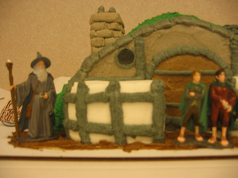 Hobbit Hole Cake - 800x600, 71kB
