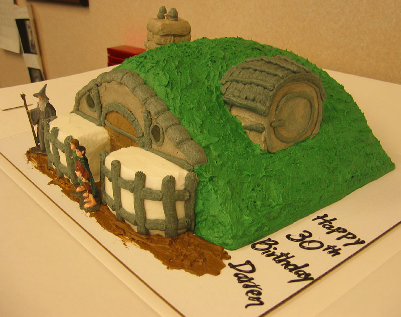 Hobbit Hole Cake - 800x633, 97kB