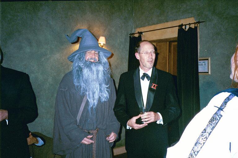 Grant Major and Singing Gandalf - 768x512, 62kB