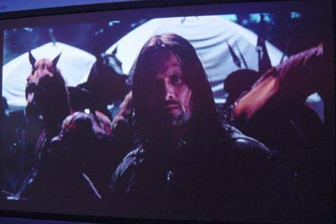 Aragorn in Camp - 480x320, 30kB