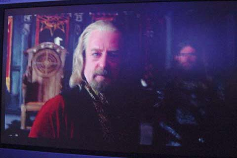 Theoden and Gamling - 480x320, 28kB