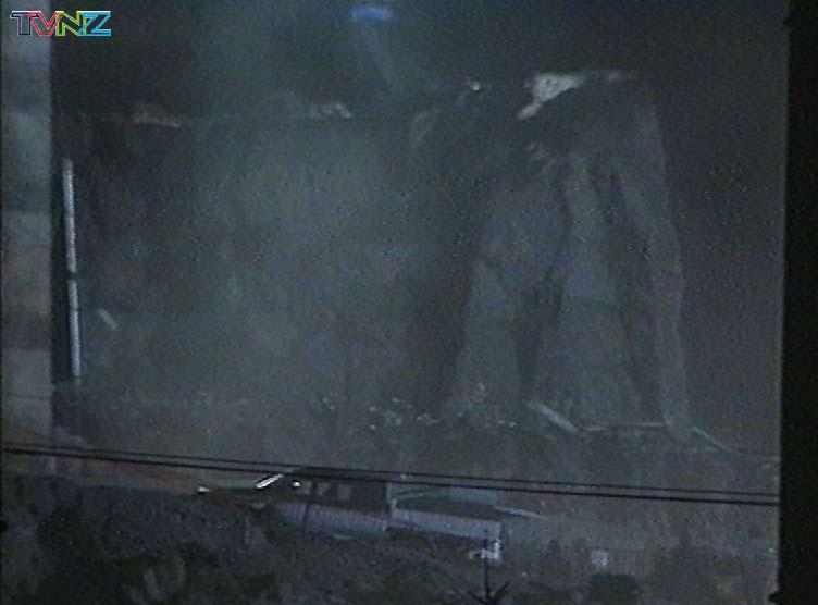 TVNZ November 2000 - 752x556, 39kB