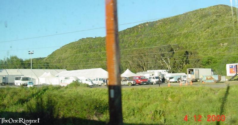 Set Pics: Minas Tirith - 800x421, 55kB
