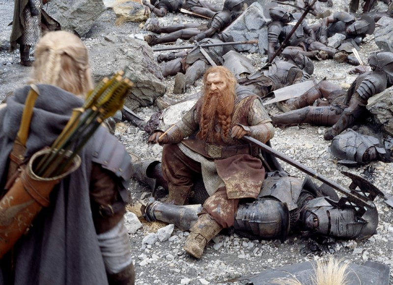 Gimli And Legolas At Helm's Deep - 800x579, 141kB