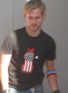 Collectormania 4 Images - Dominic Monaghan - 266x360, 18kB