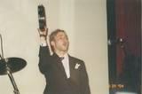 Dominic sings, plays the tamborine - (800x533, 95kB)