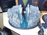 Pillars of the Kings Environment at Comic-Con 2001 - (640x480, 99kB)