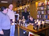 Joe DeVito Booksigning: Syosset, NY - (640x480, 76kB)