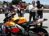 Brody Attends MotoGP Laguna Seca Grand Prix - (800x600, 126kB)