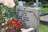 Tolkien 2005 Images - (512x341, 118kB)