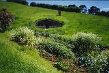 A Hobbit Hole - (421x283, 51kB)