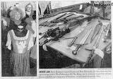 Weapons And Costumes At Casa Loma - (613x431, 81kB)