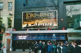 London Premiere Pictures: Fellowship Banner - (655x437, 72kB)