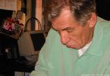 Ian McKellen at Book Soup - (504x352, 28kB)