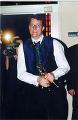 Richard Taylor with 'Oscar' - (284x433, 47kB)