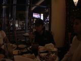 Viggo fans eat - (640x480, 161kB)