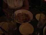 Viggo fans eat - (640x480, 183kB)