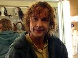 Becoming A Hobbit: Behind the Scenes on LOTR - (320x240, 20kB)