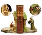 The Lord of the Rings Book and Bookends Gift Set - (696x566, 298kB)