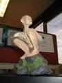 Luis Diego Villegas's Smeagol statue - (600x800, 83kB)