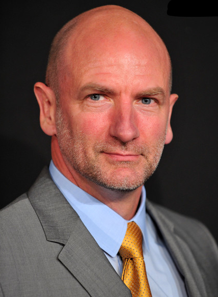 The 57-year old son of father Alec McTavish and mother Ellen McTavish, 188 cm tall Graham McTavish in 2018 photo