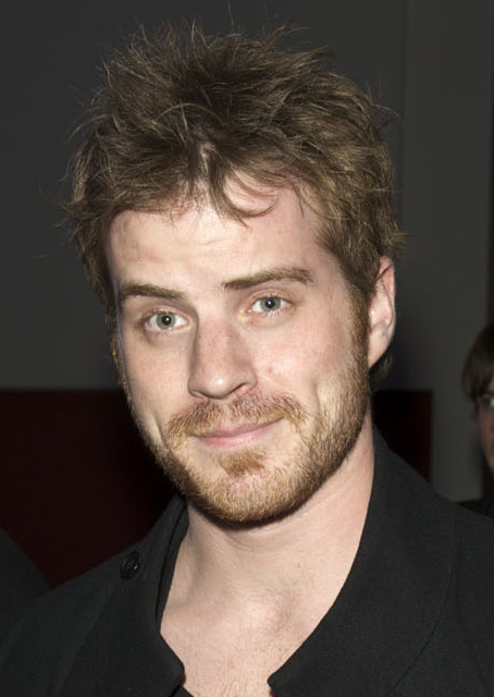 Due to Personal Reasons, Robert Kazinsky Has Left 'The Hobbit'