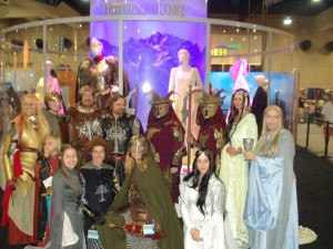 Several LOTR cosplay groups