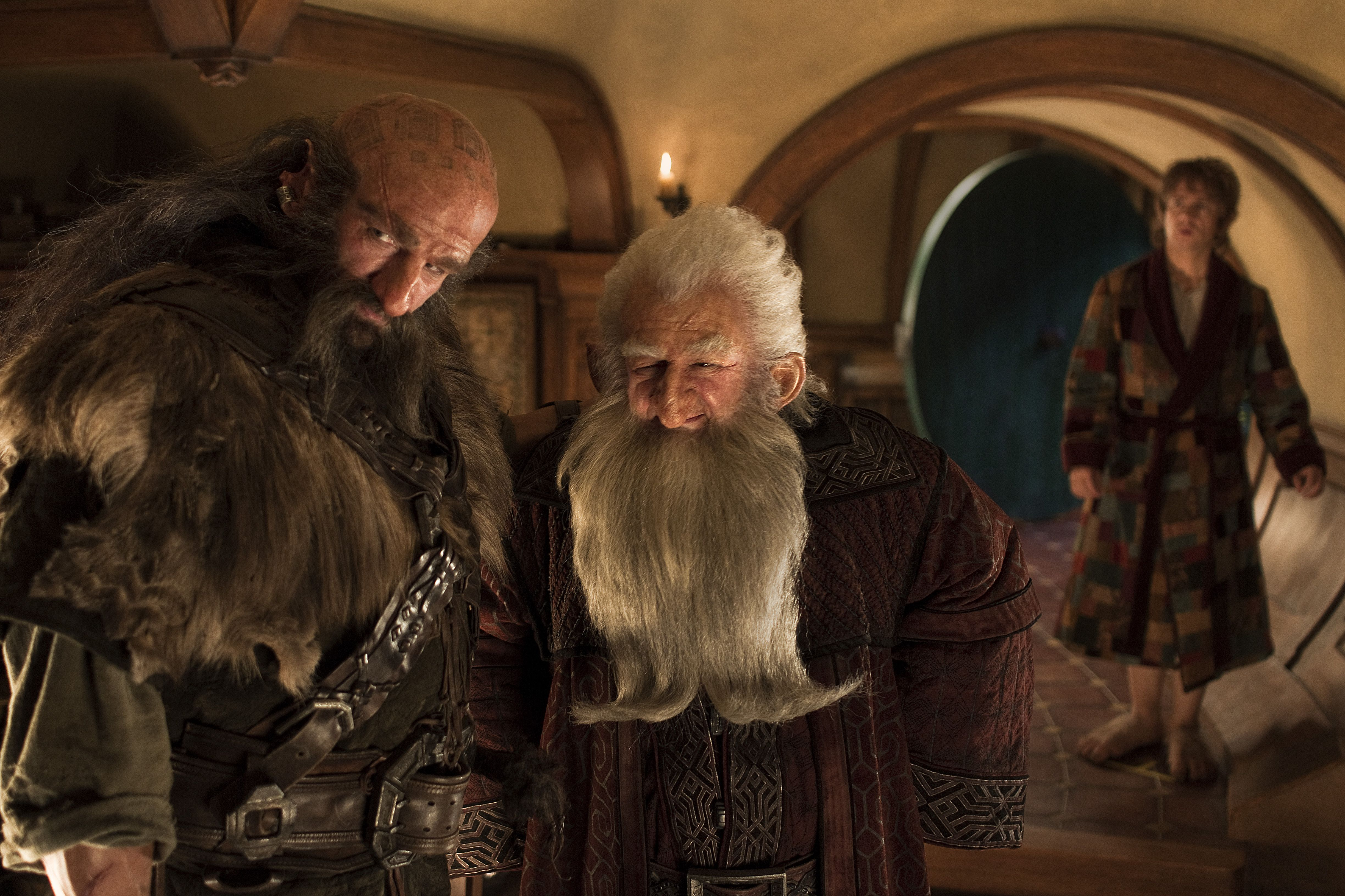 the hobbit trilogy connecting the dots and filling the blanks of