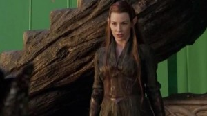 evangeline-lilly-on-playing-a-grittier-type-of-elf-in-the-hobbit-the-desolation-of-smaug-135649-a-1369409045-470-75