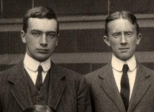 Robert Quilter Gilson (left) and Tolkien in 1910 or 1911.