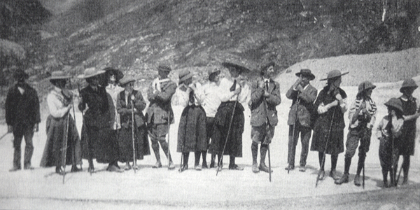 Swiss tour 1911 group photo from T's Gedling