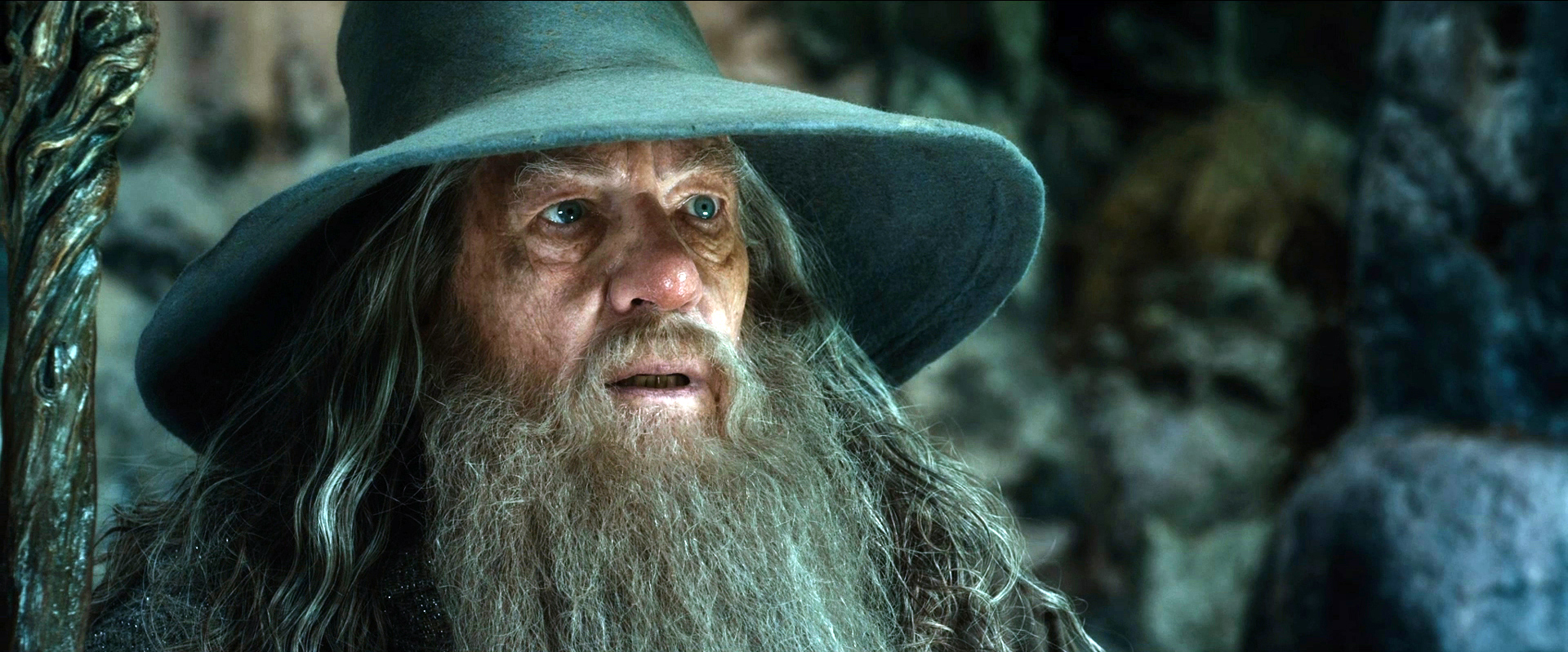 hobbit overview The hobbit summary - the hobbit by j r r tolkien summary and analysis.