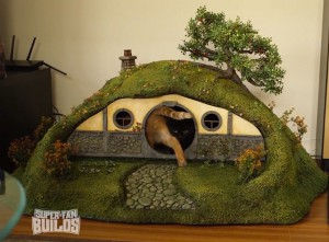 lord-of-the-rings-cat-house